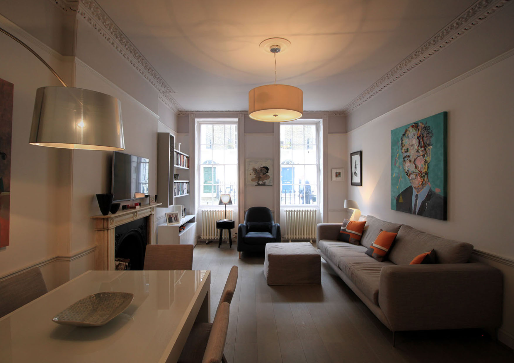 The full refurbishment of a Grade II Listed apartment in Fitzrovia.